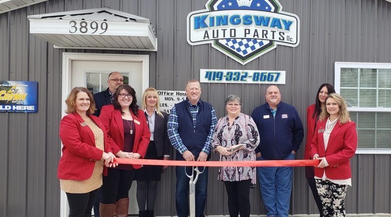 Image of ribbon cutting at Kingsway