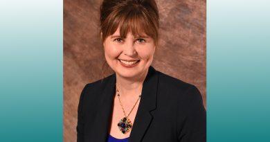 Dr. Kristen Lindsay
